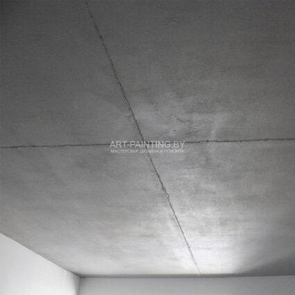 Бетон из декоративной штукатурки на потолке